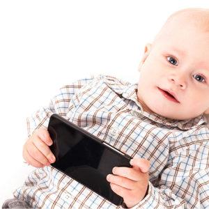 Conseqüències d'exposar els infants de 0 a 3 anys a les pantalles